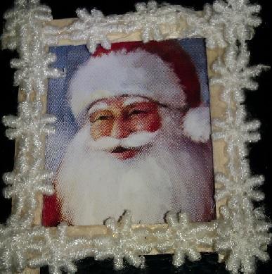 Till julen får tomten hänga i vardagsrummet