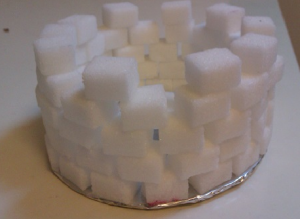 Varför inte bygga torn och fort av sockerbitar istället för lego?
