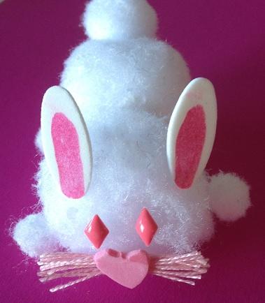 En kanin av pompoms