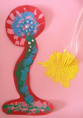 Klicka ut lite färg och måla ut den med en plastgaffel