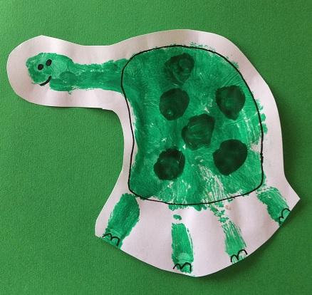 Sköldpadda med korta ben och markerat skal